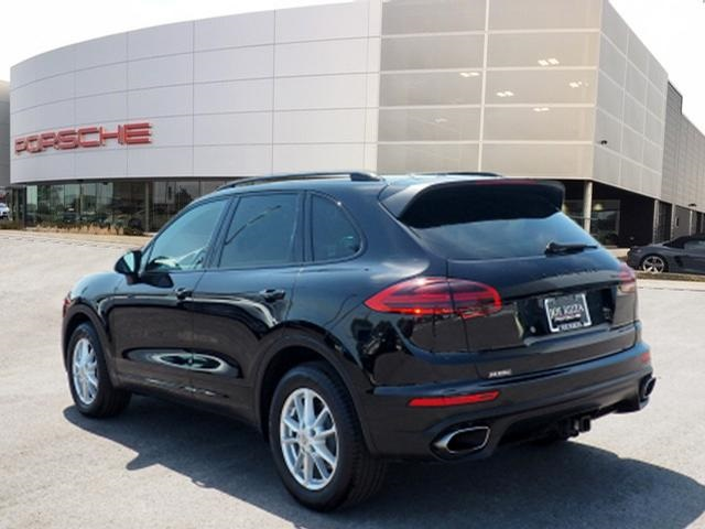 Certified Pre-Owned 2018 Porsche Cayenne Base